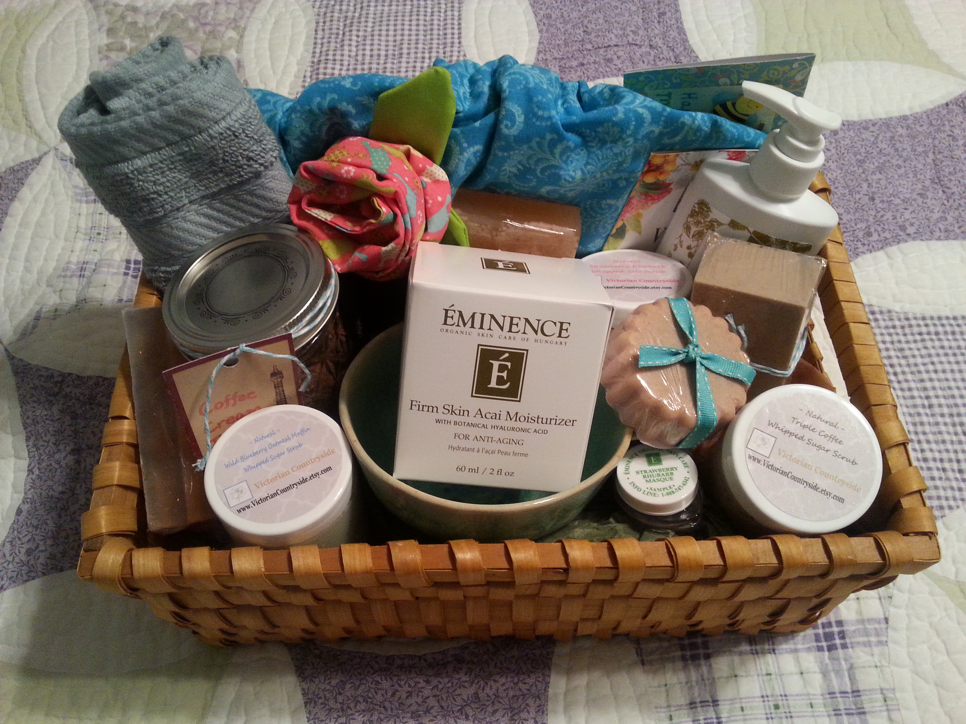 Homemade gift baskets inheriting the promises 20150509200840 negle Gallery